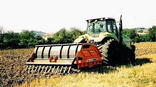 E' stato rinnovato il contratto provinciale per gli operai agricoli privati della provincia di Ferrara.