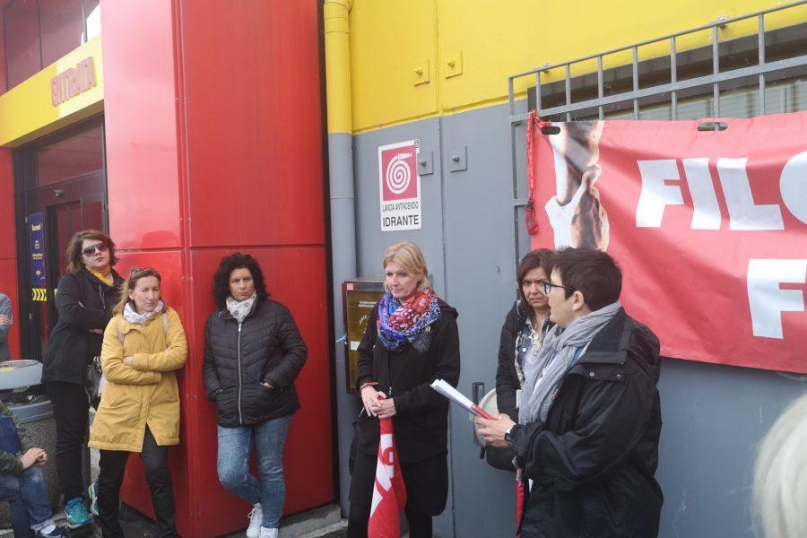 Vertenza Mercatone: proseguono le mobilitazioni per la difesa del posto di lavoro