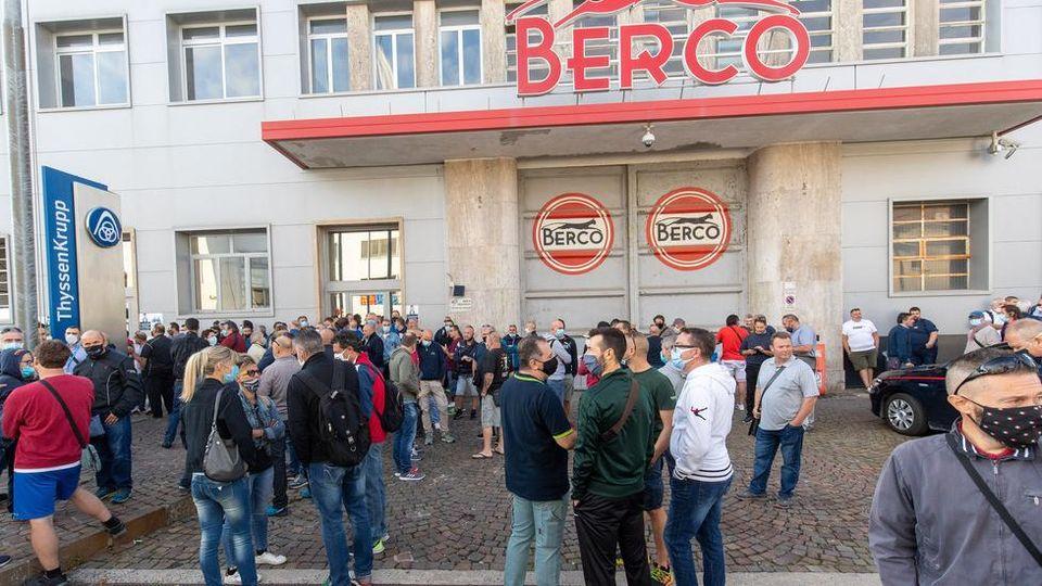 Alla Berco di Copparo prosegue lo sciopero con presidio dei lavoratori per le prospettive produttive dell'Azienda