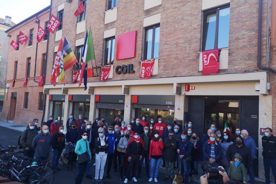 Il lavoro alza la voce: apertura straordinaria Camera del Lavoro di Ferrara